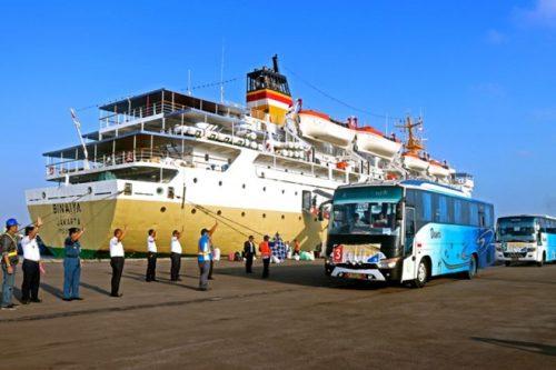 jadwal kapal pelni makassar KM Binaiya