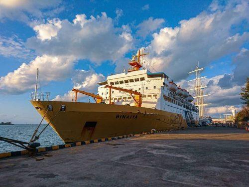 jadwal kapal pelni km binaiya