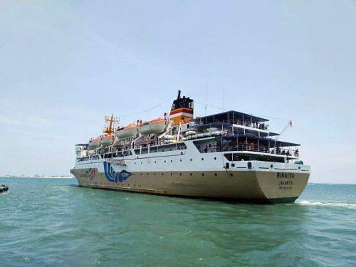 jadwal tiket kapal laut pelni km binaiya