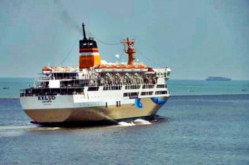 jadwal kapal laut pelni km kelud