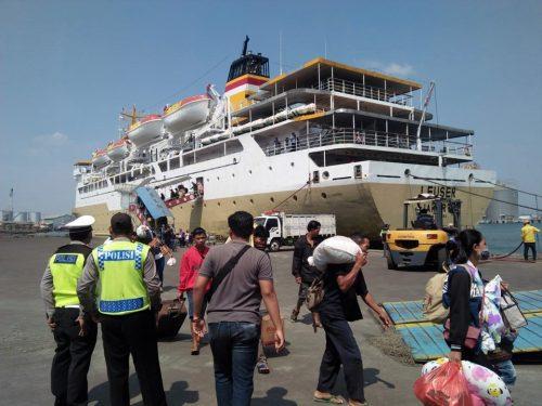 jadwal tiket kapal laut pelni km leuser