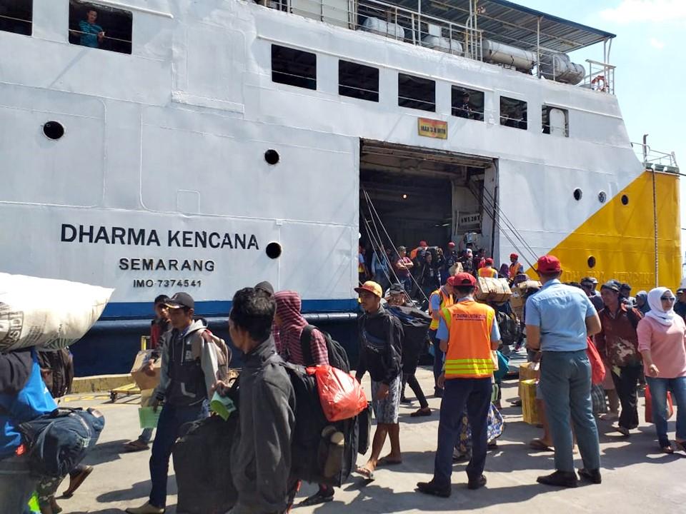 Jadwal Kapal Laut Pontianak – Semarang November 2020
