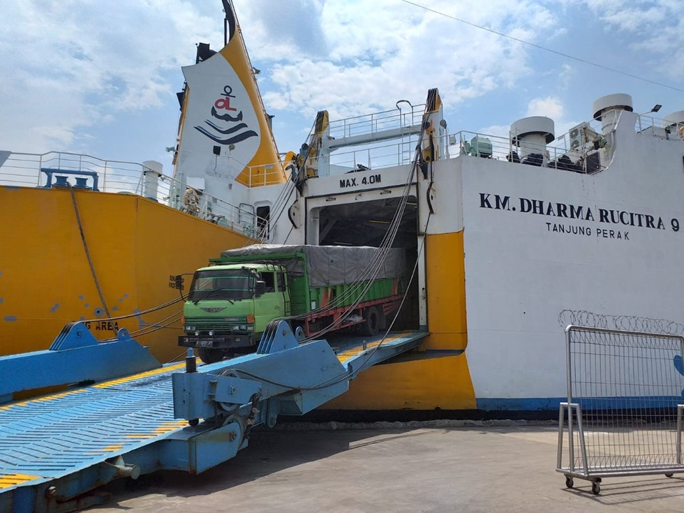 Jadwal Kapal Laut Surabaya – Balikpapan November 2020