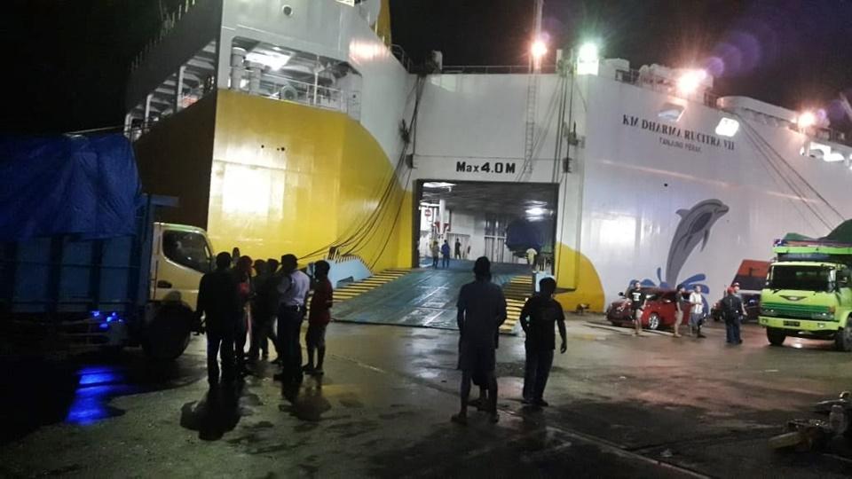 km dharma rucitra vii - jadwal kapal laut surabaya balikpapan